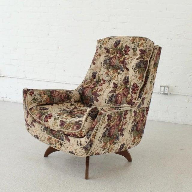 1970s Vintage Original Flower Chair For Sale - Image 4 of 7