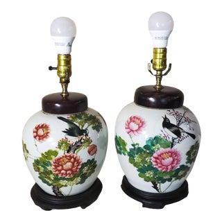Early 20th Century Chinese Famille-Rose Porcelain Melon Jar Table Lamps - a Pair For Sale