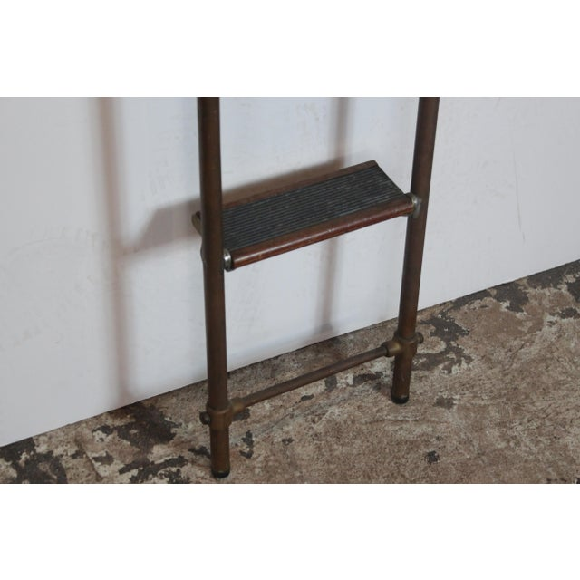 English Brass and Mahogany Library Ladder For Sale In Los Angeles - Image 6 of 7