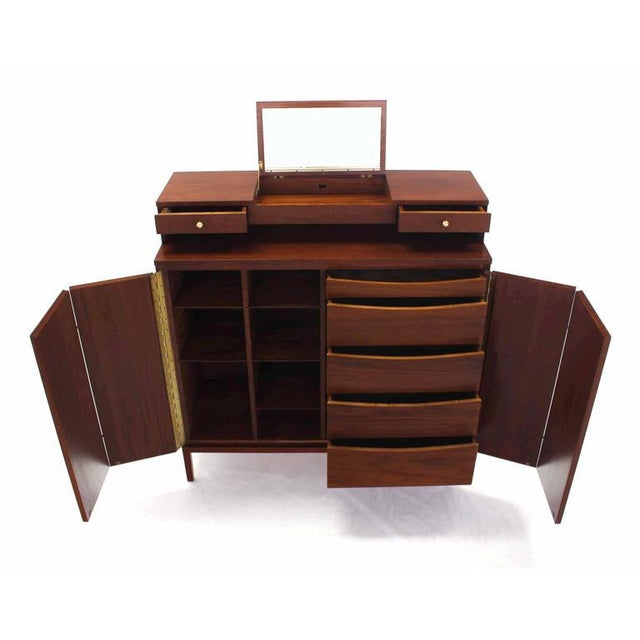 Mid-Century Modern Paul McCobb for Calvin High Chest For Sale - Image 6 of 11
