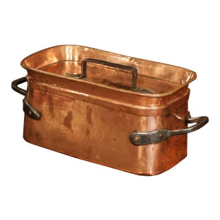 19th Century French Polished Copper and Iron Decorative Cooking Dish With Lid For Sale