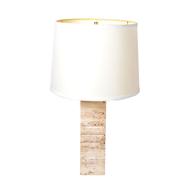 Italian Hand-Carved Travertine Mid-Century Modern Table Lamp Harp & Finial, 1970 For Sale - Image 10 of 12