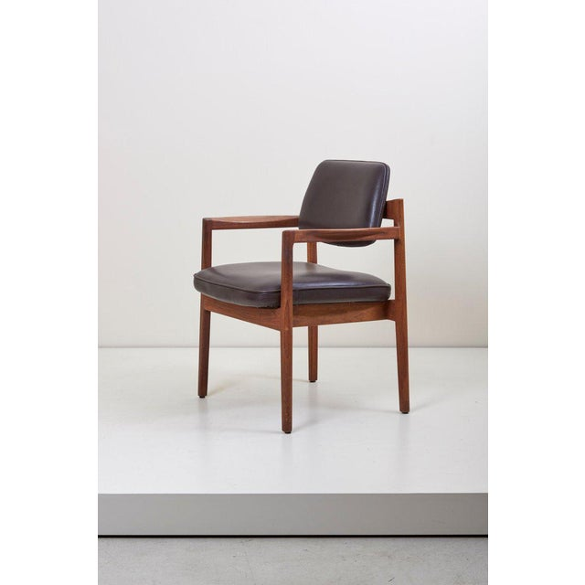 1960s Jens Risom Armchair in Walnut and Leather by Jens Risom Inc. For Sale - Image 5 of 11