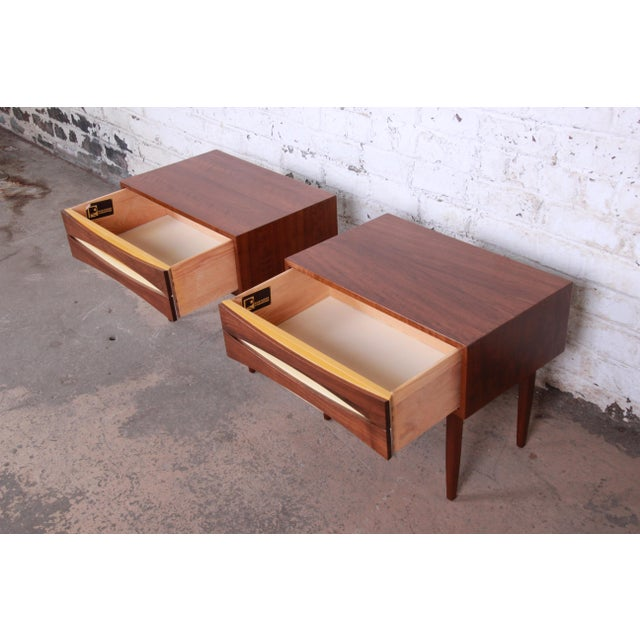 Yellow Mid-Century Modern Walnut Nightstands by West Michigan Furniture Co. - a Pair For Sale - Image 8 of 11