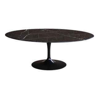 Mid-Century Modern Eero Saarinen for Knoll Black Marble Tulip Coffee Table For Sale