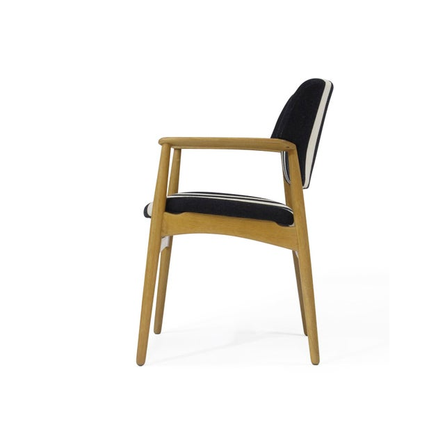 Fritz Hansen Pair of Aksel Bender Madsen for Fritz Hansen Oak Armchairs For Sale - Image 4 of 11