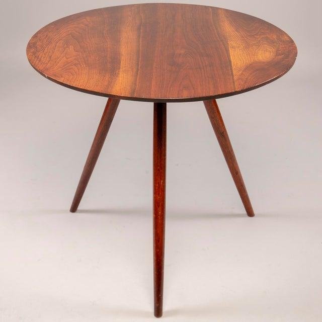 Mid-Century Modern George Nakashima Splayed Leg Round Side Table For Sale - Image 3 of 10