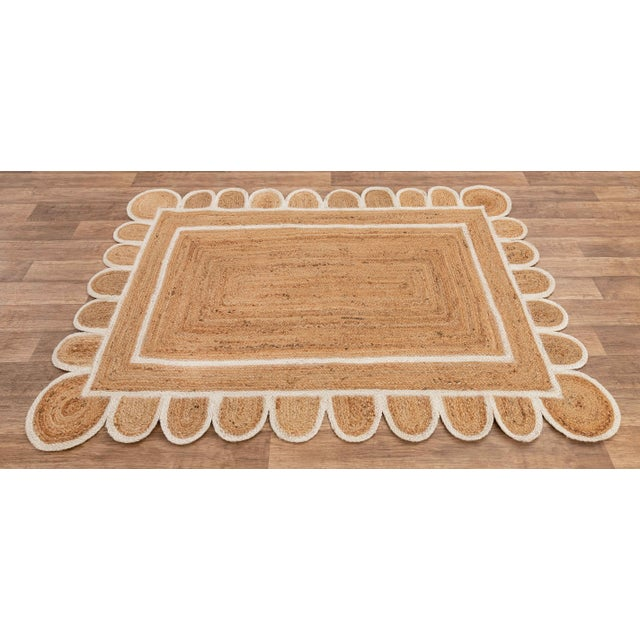 White Trim Jute Scallop Braided Handmade Rug For Sale - Image 4 of 10