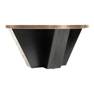 Contemporary Venus Coffee Table For Sale