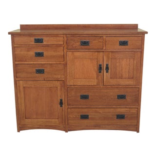1990s Vintage Mission Style Oak Chest of Drawers For Sale