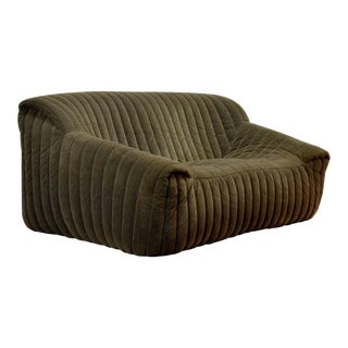 Mid-Century Modern Design Two-Seat Soft Shell Brown Velours Sofa 'Sandra' by Annie Hieronymus for Cinna 'Ligne Roset', France, 1970s