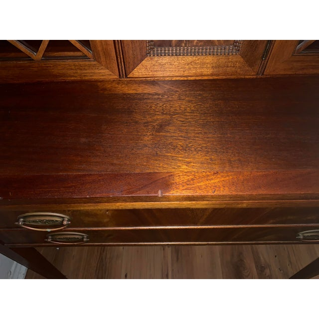 Traditional 20th Century Traditional Kittinger Gainsborough Flame Mahogany Secretary Desk For Sale - Image 3 of 9