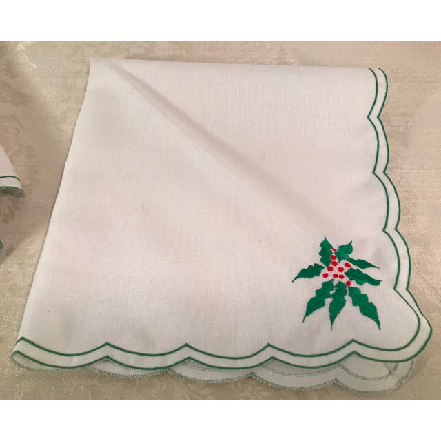 Vintage Holiday Poinsettia Napkins - Set of 4 For Sale - Image 5 of 7