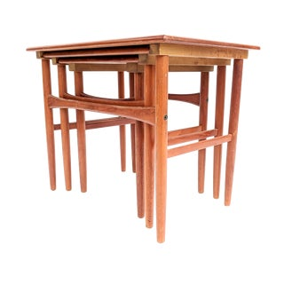 20th Century Danish Modern Teak Nesting Tables - Set of 3 For Sale