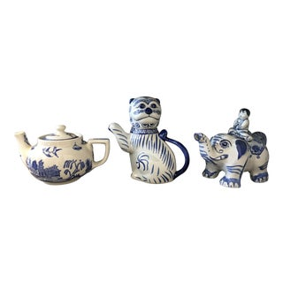 Export Blue & White Teapots - Set of 3 For Sale