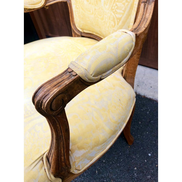 19th Century Louis XV Fauteuil in Fortuny Fabric For Sale - Image 4 of 12