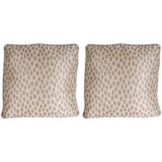 Pair of Modernist Square Pillows in Ecru & Muted Gold Tones with Piping Details For Sale