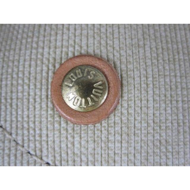 Gold Louis Vuitton Vintage LV Monogram Excursion Travel Shoe Bag W/ Padlock & Dustbag For Sale - Image 8 of 11