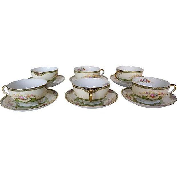 Vintage Floral Tea Cups & Saucers - Set of 6 - Image 1 of 6