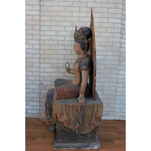 Mid 20th Century Chinese Quan-Yin Sitting Mandorla Statues - a Pair For Sale - Image 11 of 13