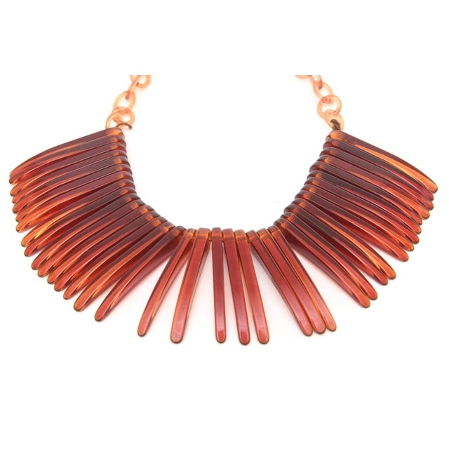 Modern Vintage Tortoise Resin Fringe Collar Bib Necklace For Sale - Image 3 of 11