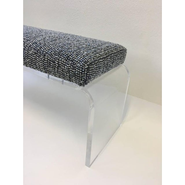 1980s Acrylic and Fabric Waterfall Bench - Image 8 of 10
