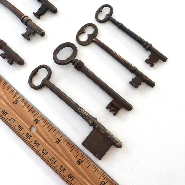Set of 8 Antique and Vintage Keys For Sale In New York - Image 6 of 12