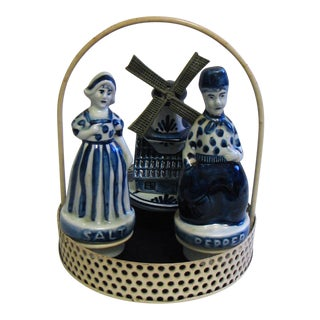 Blue Delftware Salt and Pepper With Decoriative Windwill and Tray - Set of 4 For Sale