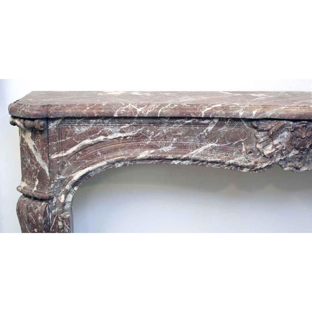 French Louis XV Antique Marble Mantel For Sale - Image 5 of 10
