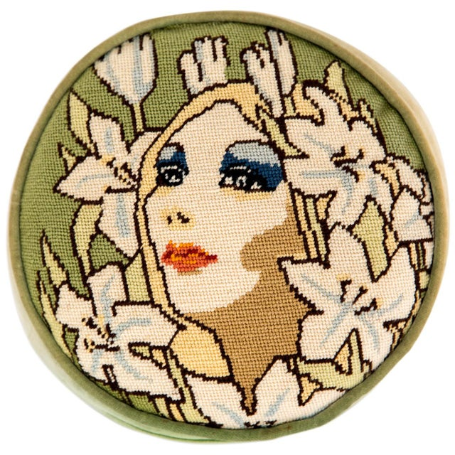 "1960s Needlepoint ""Mod"" Face Pillow For Sale In Milwaukee - Image 6 of 6"