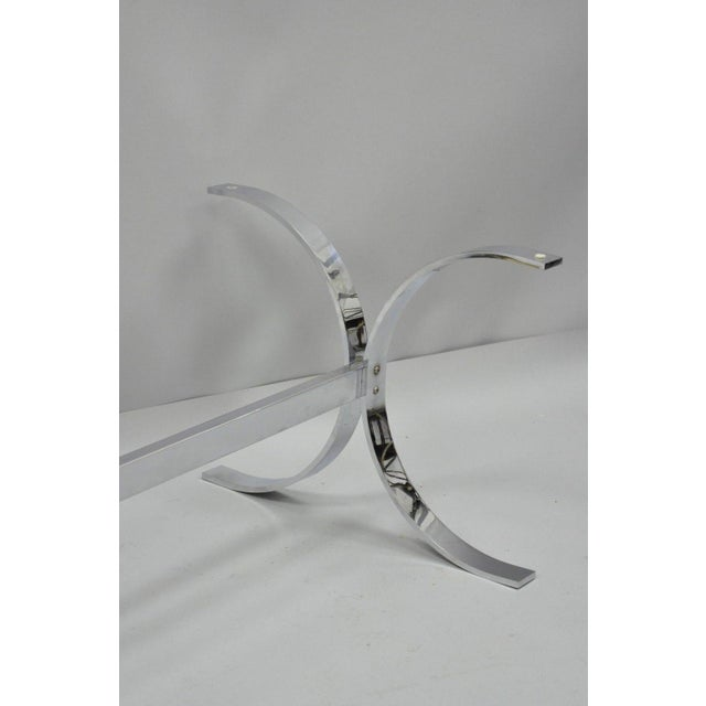 Mid-Century Modern Chrome Butterfly Base Glass Top Coffee Table Baughman Style For Sale In Philadelphia - Image 6 of 12