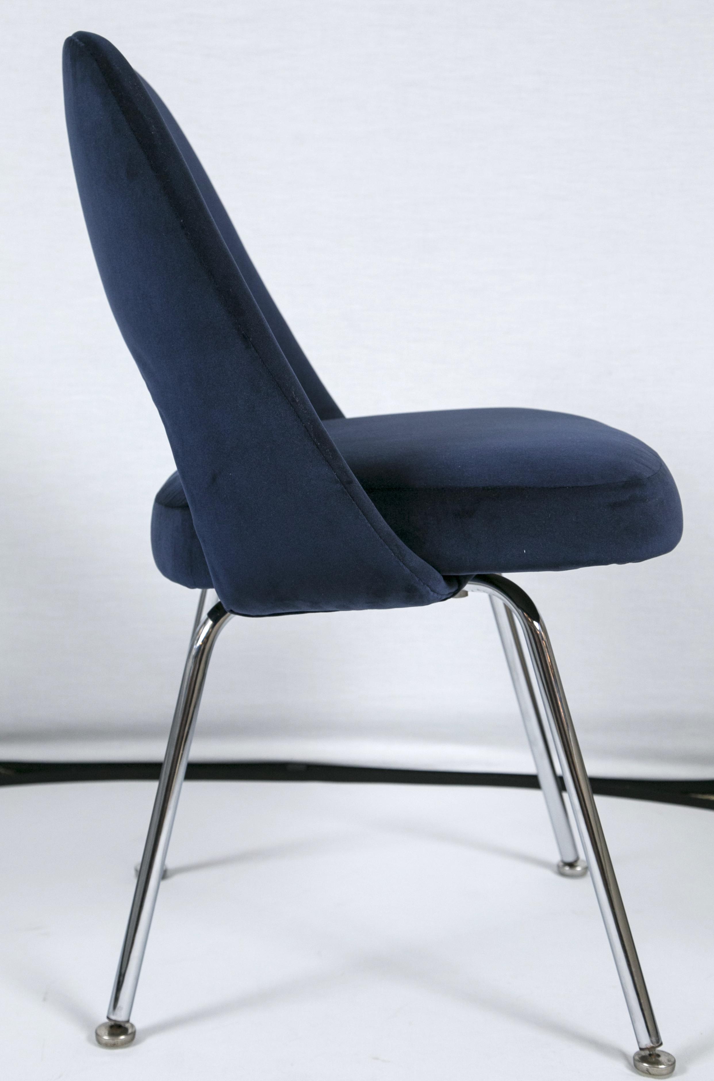 Merveilleux Saarinen Executive Armless Chairs In Navy Velvet   Set Of 6   Image 4 Of 7