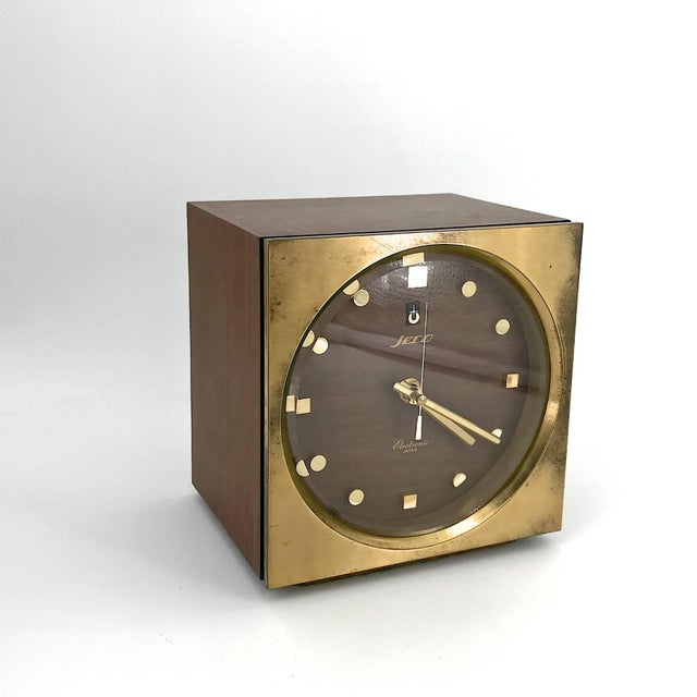 1960s 1960s Tiger Tenaka Japanese Table Clock in Walnut Glass and Brass For Sale - Image 5 of 11