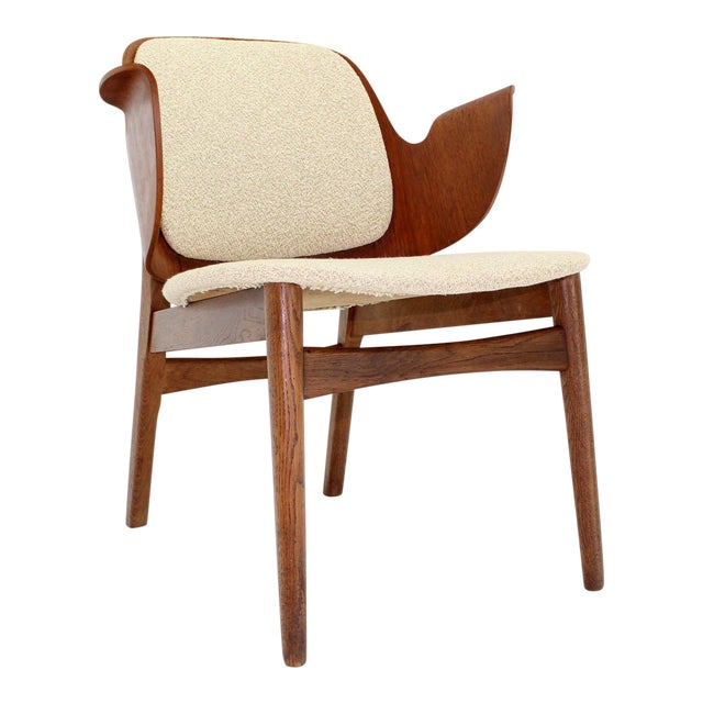 Mid-Century Modern Molded Plywood Barrel Back Armchair with New Upholstery For Sale