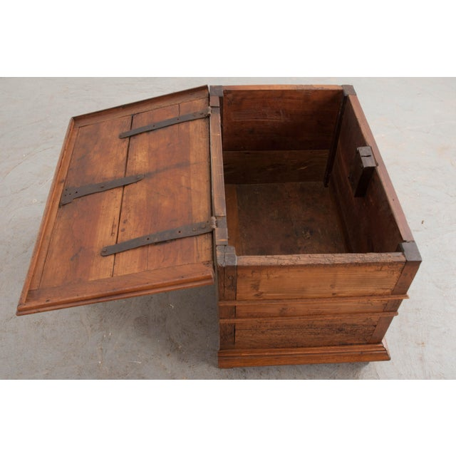 18th Century 18th Century French Louis XIII Walnut Trunk For Sale - Image 5 of 12