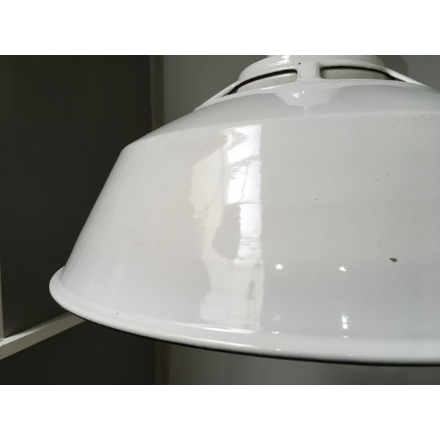 White 1950s Smoot Holman Industrial White Enamel Pendant Lights - a Pair For Sale - Image 8 of 13