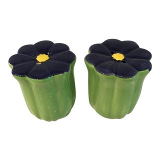 "Pop Art ""Mod"" Navy and Green Flower Salt and Pepper Shakers - a Pair"