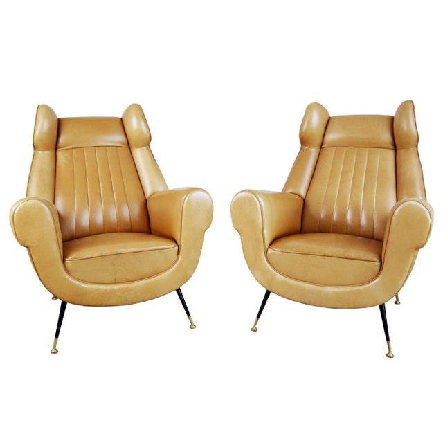 1960s Vintage Gigi Radice for Minotti Italian Leather Wingback Chairs- A Pair For Sale - Image 10 of 10