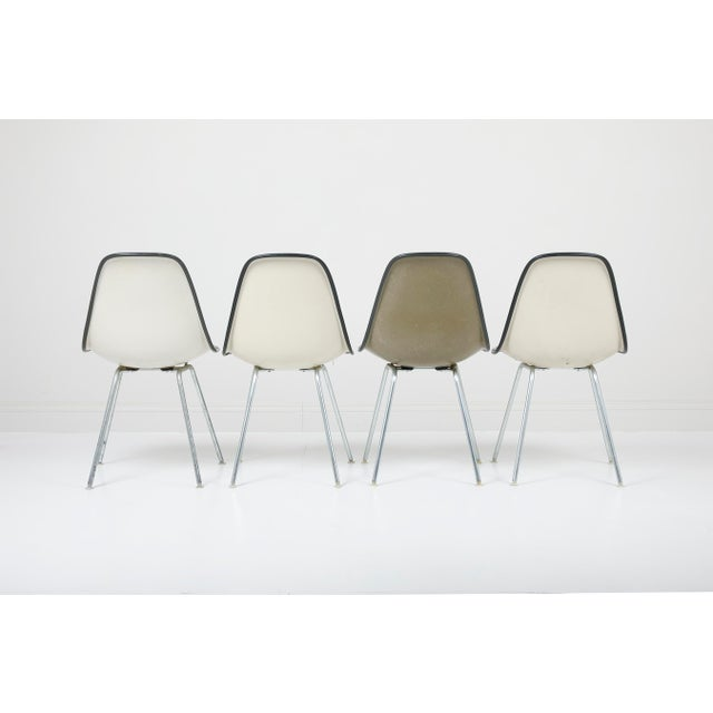 Mid-Century Modern 1970s Vintage Herman Miller Eames Dsx Fiberglass Padded Shell Chairs- Set of 4 For Sale - Image 3 of 11