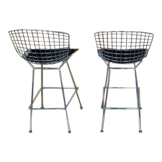 DWR Knoll Bertoia Chrome Barstool W/ Black Vinyl Seat Pad - a Pair For Sale