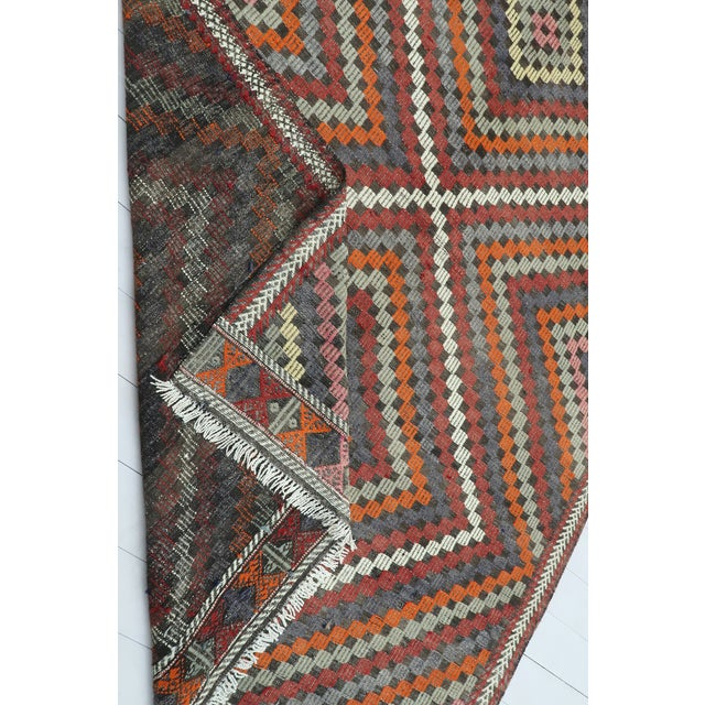 "Vintage Turkish Kilim Rug-6'4'x9'2"" For Sale - Image 12 of 13"