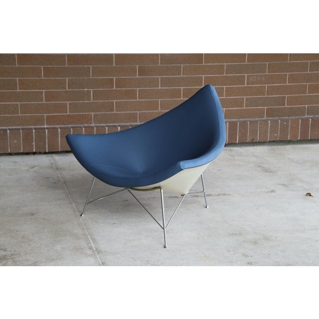 George Nelson & Associates 1950s Vintage George Mulhauser for George Nelson / Herman Miller First Generation Coconut Chair For Sale - Image 4 of 12
