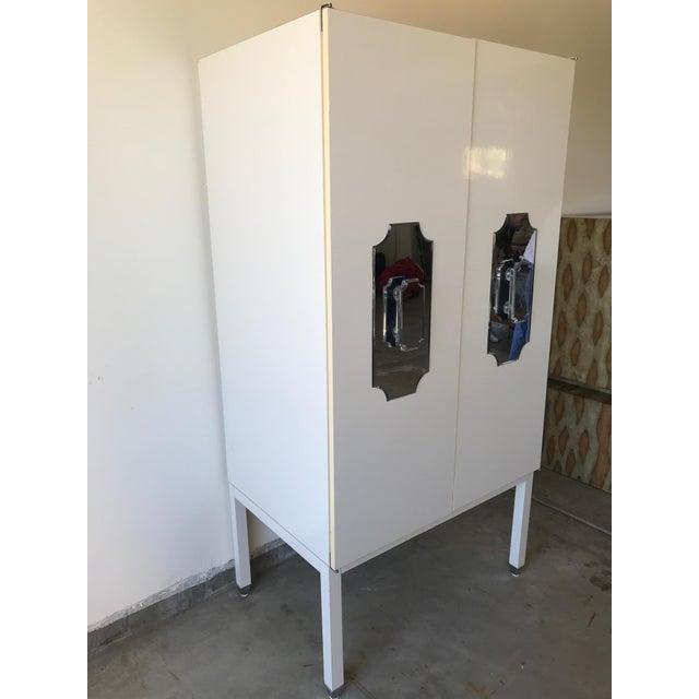 Hollywood Regency Kelly Wearstler Custom Large White Cabinet for Viceroy Palm Springs For Sale - Image 3 of 10