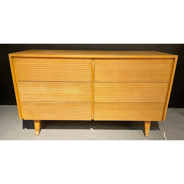Six-Drawer Mid-Century Modern Commodes, Chests or Dresser - a Pair For Sale - Image 4 of 13