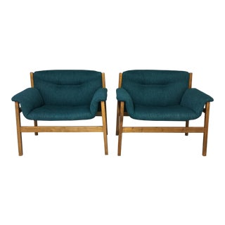Mid-Century Italian Teal Club Chairs - A Pair For Sale