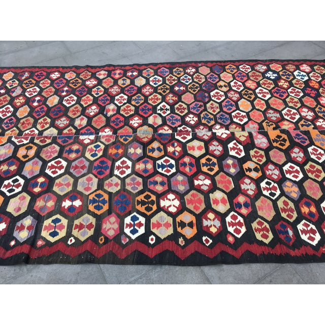 Red 1980s Turkish Kilim Geometric Rug - 5′11″ × 10′4″ For Sale - Image 8 of 10