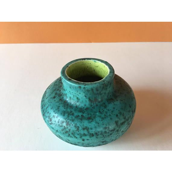 Vintage Chartreuse Green Stoneware Flower Vase For Sale In Chicago - Image 6 of 6
