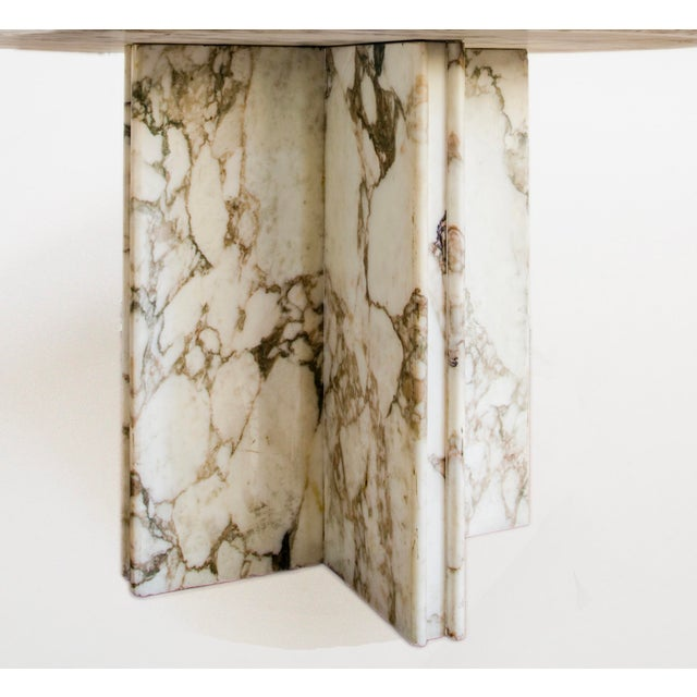 Made to Order Italian Calacatta Marble Round Dining / Center Table For Sale In West Palm - Image 6 of 10