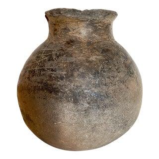 Pre-Colombian Ceramic Pottery Medium Vessel For Sale