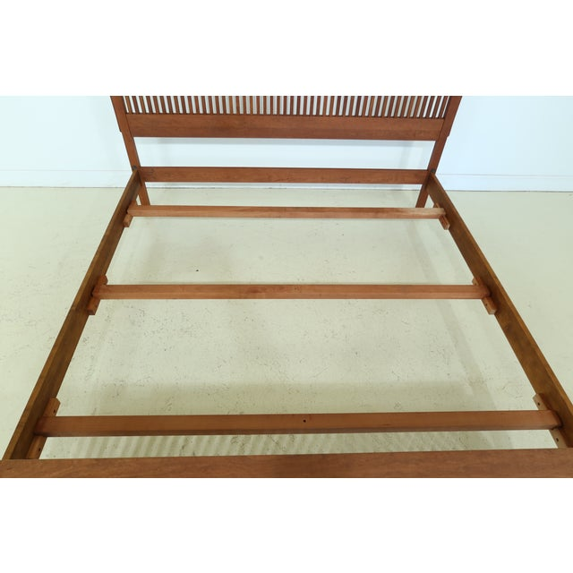 Stickley King Size Mission Cherry Spindle Bed For Sale In Philadelphia - Image 6 of 13
